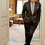 RT @VIMmagazine_MSU: We are absolutely devestated to hear about the death of Oscar De La Renta, 82. RIP to the most elegant of legends. http://t.co/ui4SN0C9UO