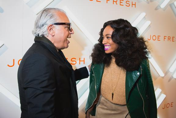 Joe Mimran welcomes @solangeknowles to #JoeFreshFashionWeek. A packed house is looking forward to her DJ set! #WMCFW http://t.co/Tzo1EBR5Tb