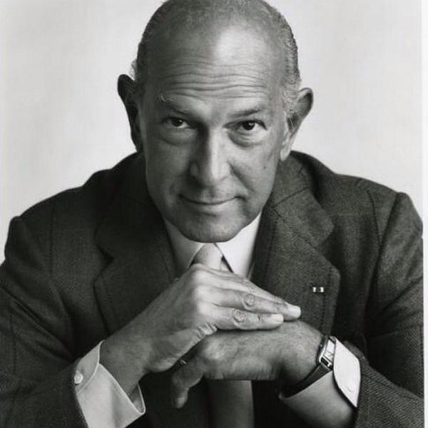 Legend, visionary, and design king, RIP Oscar de la Renta. http://t.co/Y842WRBUi6