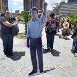 RT @actual360: VP advierte de consecuencias por mantener en prisión a Leopoldo López http://t.co/VXW3Qjlr0l http://t.co/5eDEvOJP59