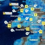 Gale force winds likely to cause disruption early Tuesday. Gusts could exceed 70mph along N&W Wales coast. #Gonzalo http://t.co/dpvENhI3dE