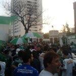 #Ferro / Los hinchas celebrando la cancelación de la deuda y que el club vuelve a ser de los socios. @JMAMartinez75 http://t.co/38IqD3F6ov