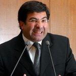 """RT @TRIBUNAcomar: El chiste del día: """"CFK no es socia de Lázaro Báez"""" (Politica) por @AlexisMontfiore http://t.co/i5eovGGkZi http://t.co/V4Se6j4k2K"""