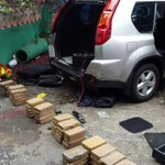 RT @TReporta: 4 colombianos fueron aprehendidos hoy en operación antidrogas en Carrasquilla.76 paquetes de cocaína @protegeryservir http://t.co/V2dEzrW8AO