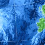 Flights and ferries cancelled as tail end of Hurricane Gonzalo hits Ireland http://t.co/uMA36JJ9by http://t.co/gq84fDjKYH