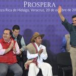 En #Veracruz estamos preparados, trabajando unidos y con dedicación para salir adelante. http://t.co/Iqabwuajc1 http://t.co/8k0AkXpBuc