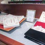 これ欲しいな~。 RT @fashionsnap: エステバンがカード型のフレグランス発売。名刺や文香に http://t.co/cN1V5xYoio http://t.co/yylFLVFw2c