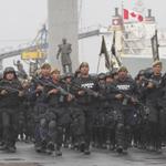 RT @Javier_Duarte: Esta es la #FuerzaCivil de #Veracruz, la policía más moderna del país, en el ensayo del abanderamiento de mañana. http://t.co/QB8pEWukuk