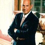RT @DavidCaplanNYC: The death of Oscar de la Renta is such a loss for fashion world #RIPOscar http://t.co/Q4ESOHOVoX