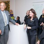 AHORA | Muere el reconocido diseñador Óscar de la Renta http://t.co/xbz8o8OFE9 http://t.co/Xit2JlorKM