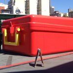 RT @Fed_Square: Honey I blew up the kids #lunchbox! #Melbourne http://t.co/mrcUfZ15ID