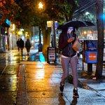 Its rain:30 in the Emerald City #seattle #rain http://t.co/9i2UhCqpSs