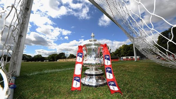 We're delighted to reveal the @FA Cup will be @maidstoneunited this Saturday ahead of their tie versus @wellingunited http://t.co/2LnKsDvhwK