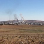 Appear to be 2 air strikes on ISIS in Kobani in last hour. Iraqi Kurds say Pesh Merga reinforcements few days away http://t.co/HuGQ2EZQ2a
