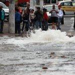 RT @Estadao: SP: Rompimento de adutora interdita avenida na zona norte http://t.co/cYodF7keHG http://t.co/T0bKf8ikYm