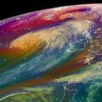 #HurricaneGonzalos gales reach #Huddersfield as winds hit almost 50mph http://t.co/OUzpSvmi2X #bbcwyorks http://t.co/T6qAHOH6ku