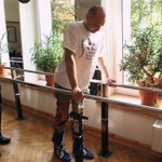 "RT @BBCNews: A paralysed man walks again. ""More impressive than walking on the Moon"" http://t.co/c8VgSN1Xve http://t.co/NXfpT6a3jm"