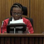 Me lady, Judge Masipa looking quite dapper in her new hair-do #OscarSentence http://t.co/TY93TIx5YO