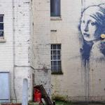 New Banksy emerges in artists hometown http://t.co/TH5wtnrgoO http://t.co/myWpPcmL9x