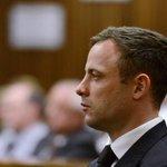 RT @g1: Pistorius é condenado a 5 anos de prisão pelo assassinato da namorada http://t.co/kgFPJRgv65 #G1 http://t.co/kdPERM62Xr