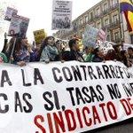 """""""Huelga de estudiantes durante tres días en defensa de una educación pública y de calidad http://t.co/ryoxM5Ceuc http://t.co/oANLdODWT2"""""""