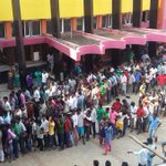 Exclusive From #Vettri Theater , Chennai :) #Kaththi :* ~~> Semma Crowd Baa =D http://t.co/OEgaisqy8c