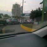 @cmrondon @unaiamenabar las colas siguen en barqto para colocar gasolina y nadie da explicaciones http://t.co/O8d4sIf3Ol
