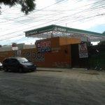 RT @EnriqueIturral1: @viloja En Tecnológico, zona habitacional y de caos víal, construyen la gasolinera del diputado Francisco Maciel http://t.co/M9BYJpEvwy