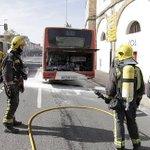 RT @hoyextremadura: Arde un autobús urbano de #Cáceres de refuerzo del Campus Universitario http://t.co/Z05V5RKCEO vía @hoyextremadura http://t.co/rGG9Fs7oSy