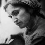 Dibujo a lápiz de Violeta Parra por Isrrael Villablanca de la Fuente #Chile http://t.co/WAnerufcG7