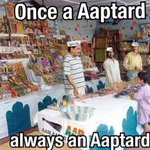 AAPtard 1: Say no to crackers AAPtard 2: Pls buy my crackers Normal Indians: Hello http://t.co/IcYrWovrFm