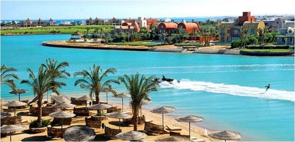 Just hours away from #Cairo's hustle & buzz lays the sunny #RedSea resort of #El_Gouna #Visit #Egypt #travel #diving http://t.co/yf0jjulE9M