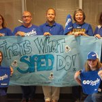 RT @mrsvbvsw: Support the Royals? Thats what BVSW SPED do! # specialeducation #beroyalkc #takethecrown @bvschools @mrzoombiya http://t.co/v0W00PPub7