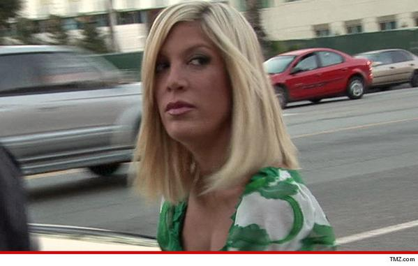Tori Spelling quarantined like an Ebola patient!
