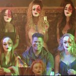 """ICYMI last night, watch @iLoveMakonnen5D and @Drakes video for """"Tuesday"""" http://t.co/7umpOs4qa4 http://t.co/WfvkMF9n5k"""