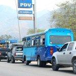 """RT @el_carabobeno: Pdvsa aseguró que el abastecimiento de gasolina en bombas es """"normal"""" http://t.co/LKDZiEvOta #ciudadEC http://t.co/NwCsXuXJ4u"""