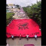 Zapatistas y estudiantes de Chiapas en lucha por normalistas de #Ayotzinapa http://t.co/lKfWfUqcxa http://t.co/IsrIo73aZw