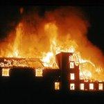 Fire breaks out in firecracker market in #Faridabad near Delhi; over 230 stalls gutted | #Diwali #Dhanteras http://t.co/KZ4lP9o177