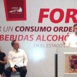 @TirsoAgustin inaugura en Carmen foro por consumo ordenado de bebidas alcohólicas @ferortegab @ccecarmen @addaluz_ http://t.co/WDM2r0GWmZ