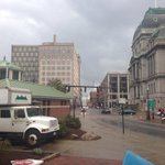 Live @noon from downtown #PROVIDENCE . Traffic & other lights are out for thousands @NBC10 @nationalgridus http://t.co/P0DpBz26qi