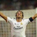 Raúl González: 6 Ligas 3 Champions 4 Supercopas 2 Intercontinentales 323 Goles 0 Expulsiones ¡ETERNO CAP7TÁN! http://t.co/lRRZmKN65i