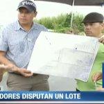 Grupo de residentes en Volcán, provincia de Chiriquí, cerraron vía para reclamar terrenos. #Panama http://t.co/h4KdgjOJ0E