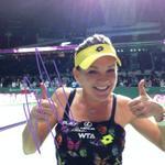 RT @WTA: Two thumbs up after an impressive win for @ARadwanska! #WTAFinals #TwitterMirror http://t.co/9lWjK8Hgj6