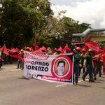 Obreros cierran via interamericana a la altura de la ciudad hospitalaria. David. Piden por caso Osvaldo Lorenzo http://t.co/qOol5QRuvi