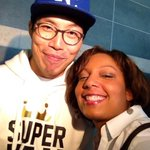 RT @carlafieldskq2: He even had time to take a pic w/ EVERY person there to support him! #SungWooToKC @kq2 #kq2 http://t.co/5v4RLfZlQj