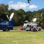 RT @StaceyReadout: Florida media gathering outside @wjxt4 in preparation for tonights gubernatorial debate. Watch live at 7pm. http://t.co/Fe2RPwdi23