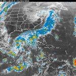 RT @TiemposNoticias: #Campeche DisturbioTropical provocará lluvias intensas en Campeches; se han suspendido clases http://t.co/lXlI4R46eK http://t.co/fgTlHLEW8b