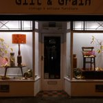 RT @giltandgrain: The Autumn evenings are drawing in....and Gilt & Grain has a new Autumnal window display. Budget £0.00, #autumn http://t.co/Um9hbwUNme