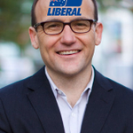 Check out this respectful photo of @AdamBandt #auspol http://t.co/BkTeifr3Rp