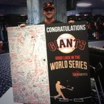 RT @SFGiants: Thank you Sacramento for this GIANT card cc @RiverCats @andrewsusac #SFGiants #OctoberTogether http://t.co/MfF8A7CGlY